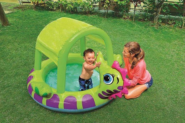 Bazén pre deti s clonou