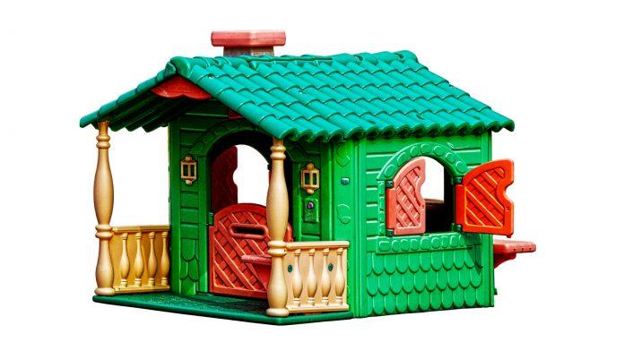 plastový domček pre deti