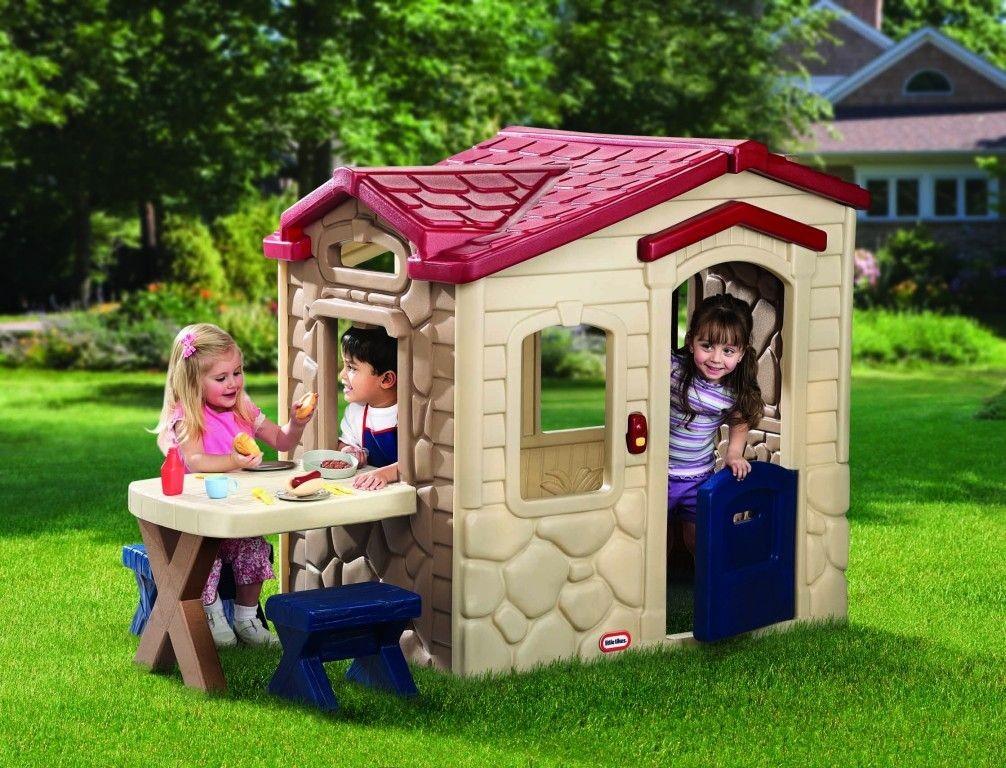 Plastový domček -chata