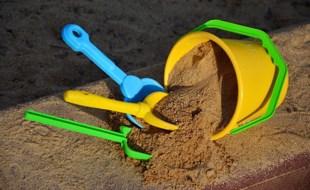 Hračky pre hry s pieskom
