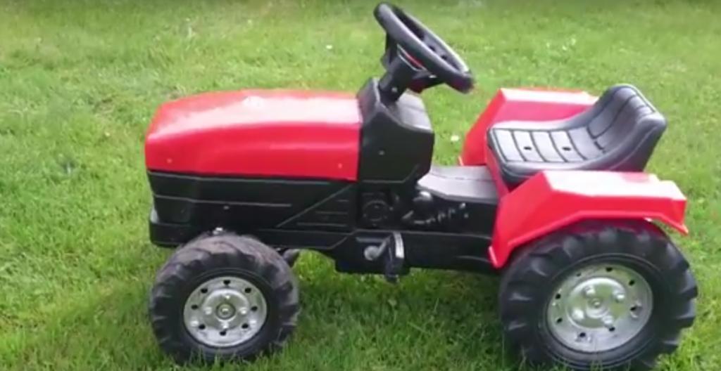 Recenzia traktor pre deti Falk červený