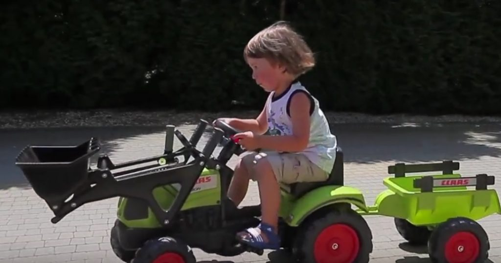 Šliapací traktor pre deti Falk recenzia
