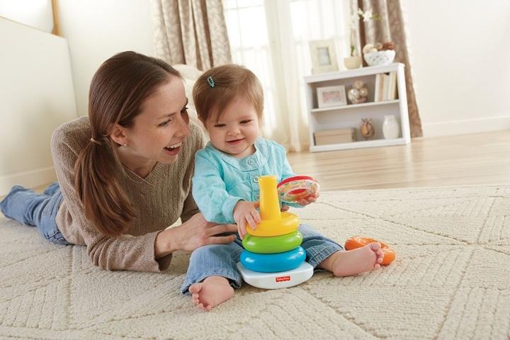 Skladacie pyramídy hračky pre deti do jedného roka