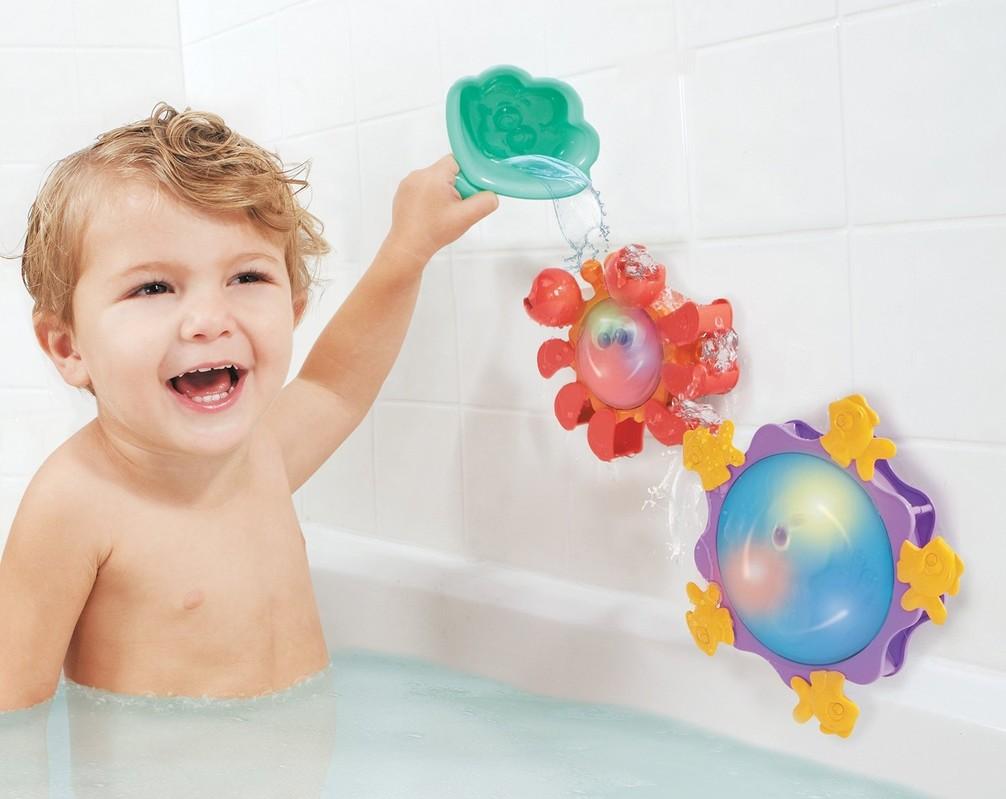 Hračky pre deti do jedného roka na kúpanie